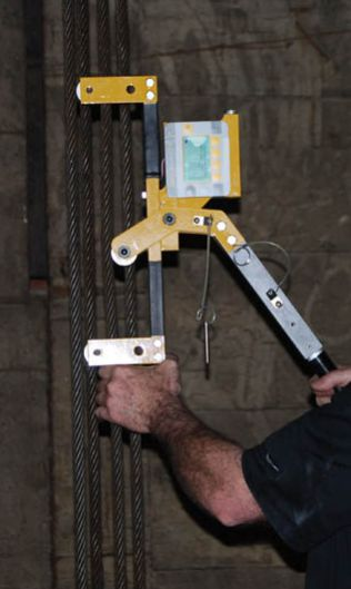 Máy đo độ căng cáp QB-10000 - AWT15-500844 Dilon